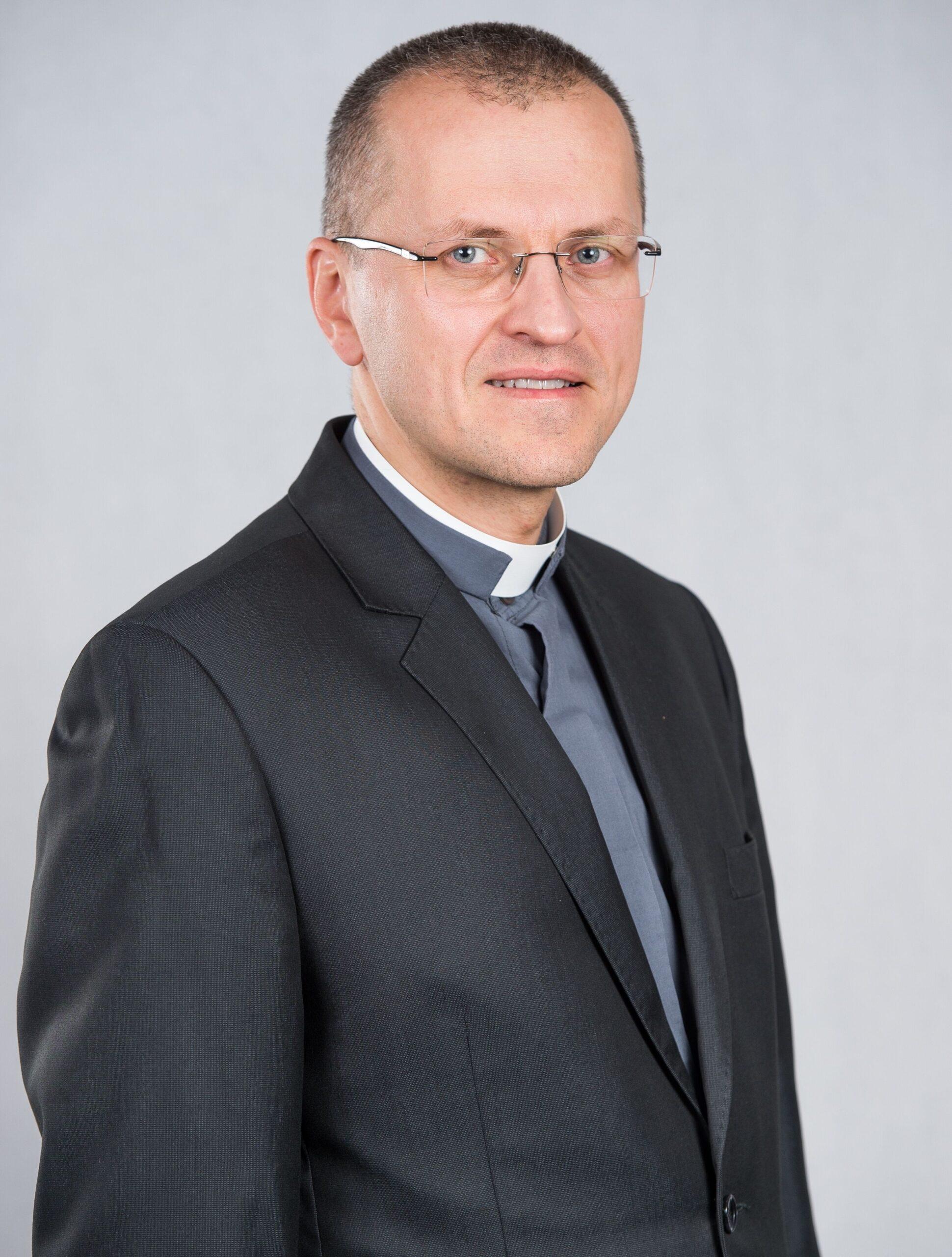 ks. Mariusz Wedziuk
